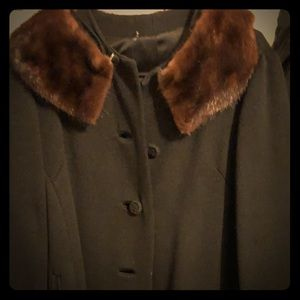 Vintage winter coat with fur lining